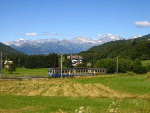 Il trenino della Ferrovia Vigezzina-Centovalli a Santa Maria Maggiore