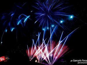 Giochi di luci con Vette d'artificio a San Domenico ph. Giancarlo Parazzoli